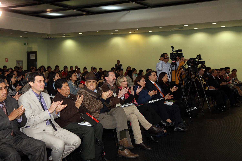 El ministerio de cultura organiza el foro internacional for Ministerio de inter